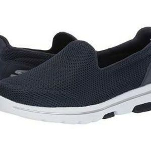 Skechers Performance Go Slip Ons (Women)(7.5)